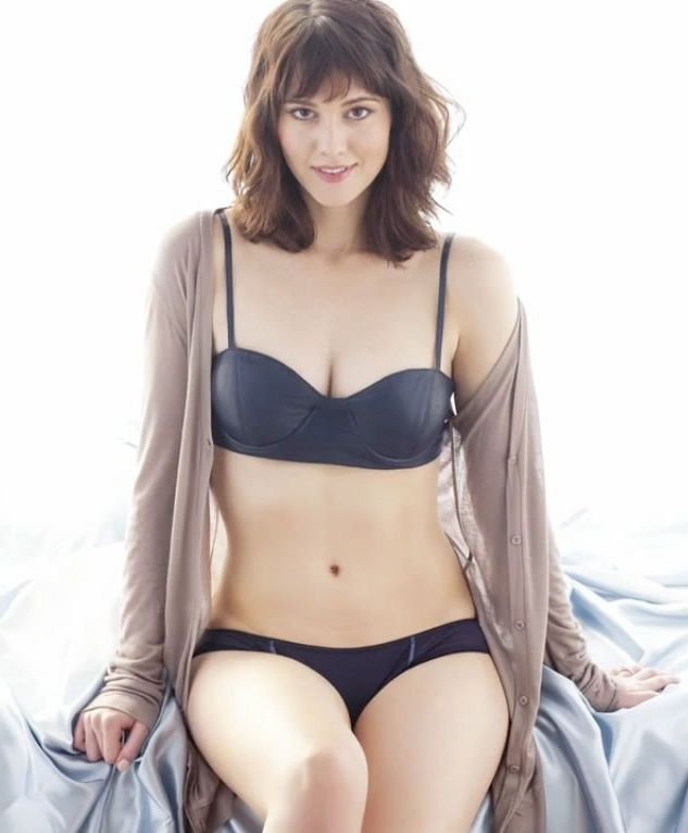 Mary Elizabeth Winstead Hot Mary Elizabeth Winstead Nude Hot Beautiful Actress Pictures