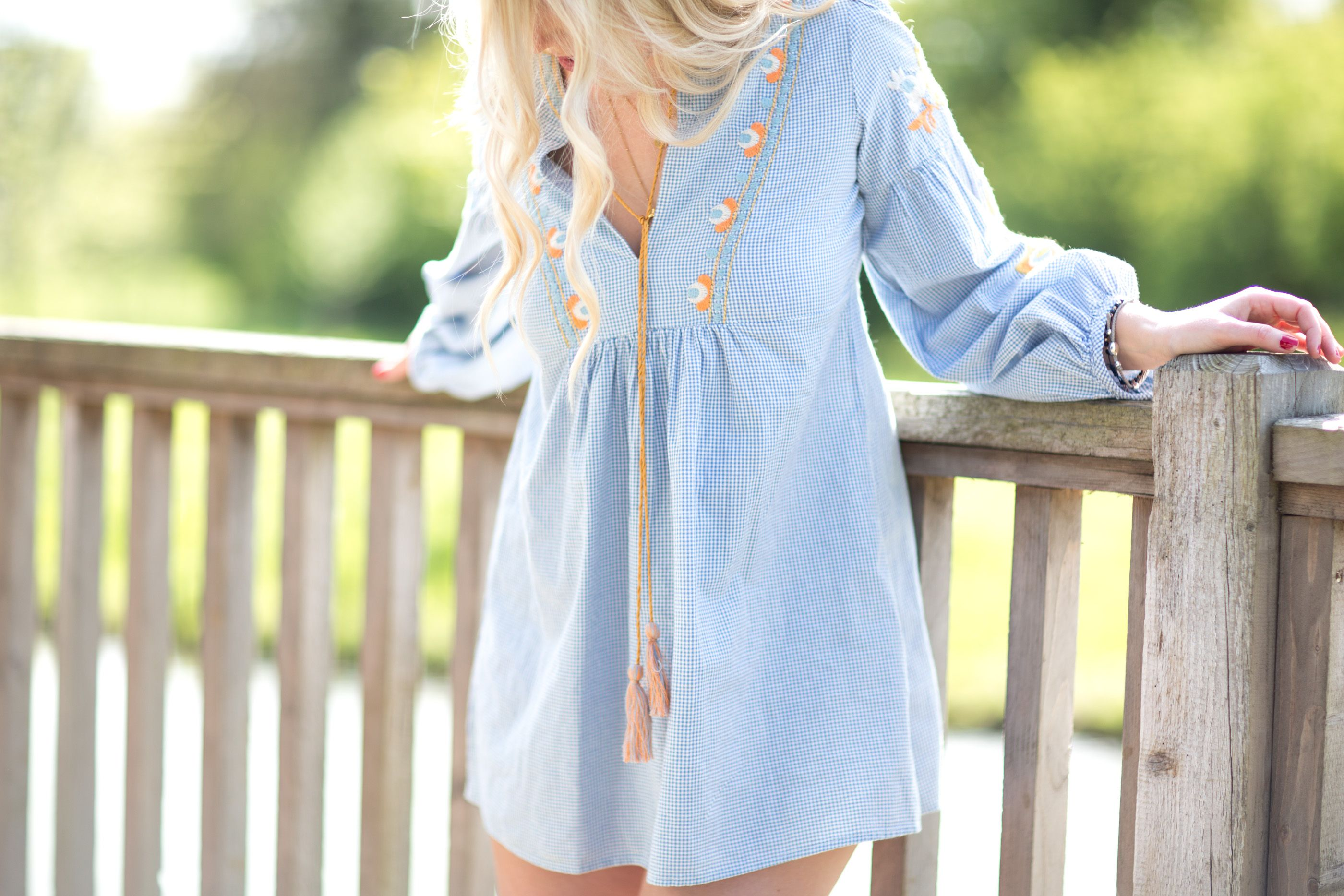 How To Style A Smock Dress At Any Age Mediamarmalade Smock Dress Dresses Style [ 1867 x 2800 Pixel ]