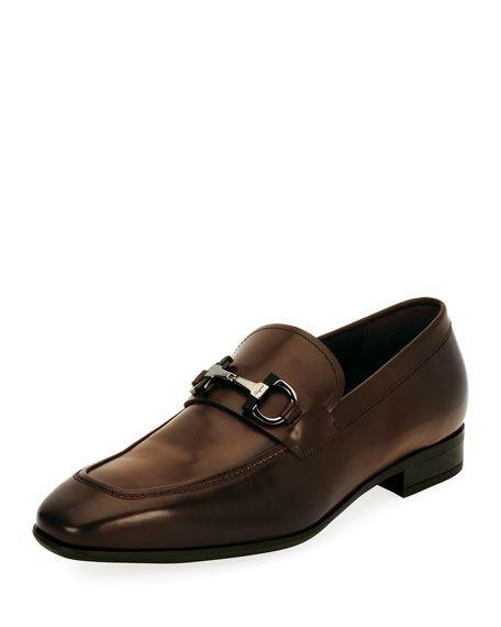 SALVATORE FERRAGAMO Dinamo Gancini-Bit Leather Loafer, Brown. #salvatoreferragamo #shoes #