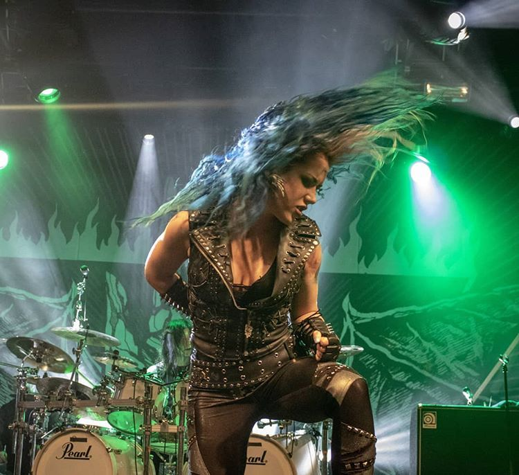 Pin By Kenny On Alissa White Gluz Alissa White The Agonist