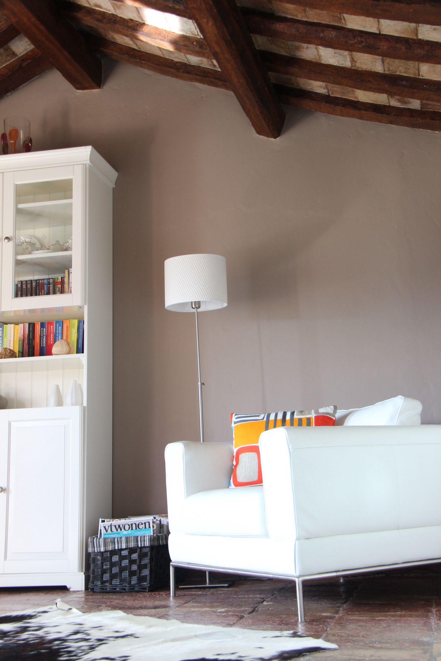 Leeshoek woonkamer Casa Cipresse, Monttotone, Le Marche | Casa ...