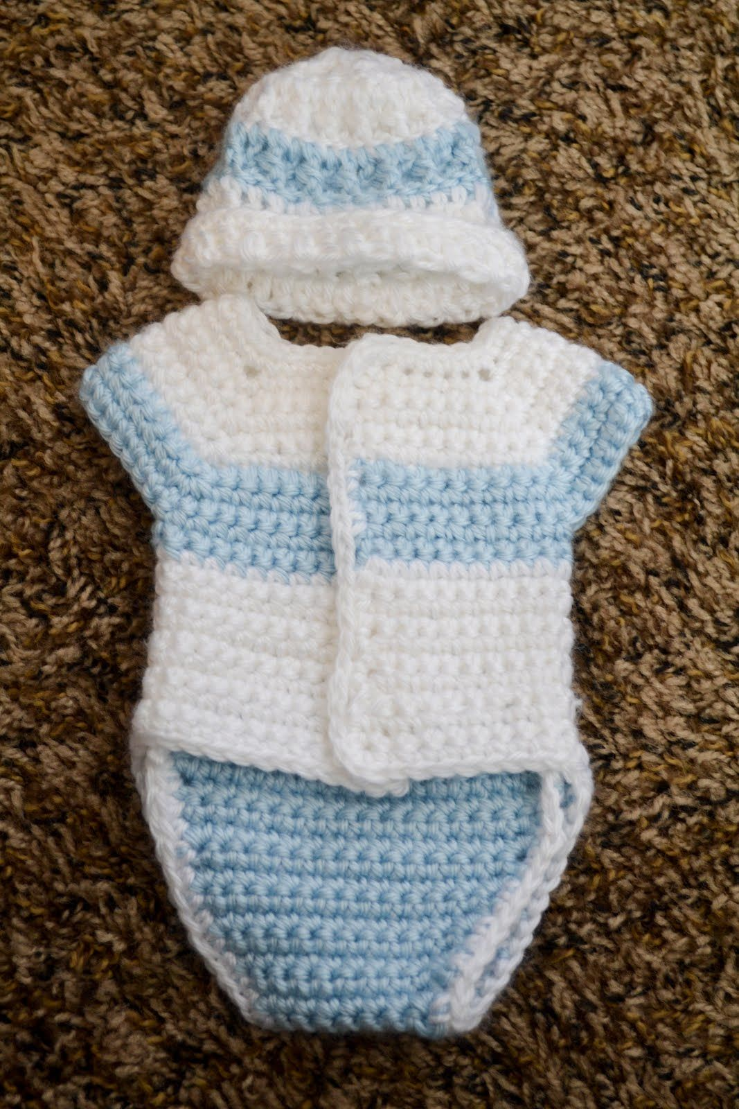 Crochet baby clothes. Love you more than a bus: More patterns ...
