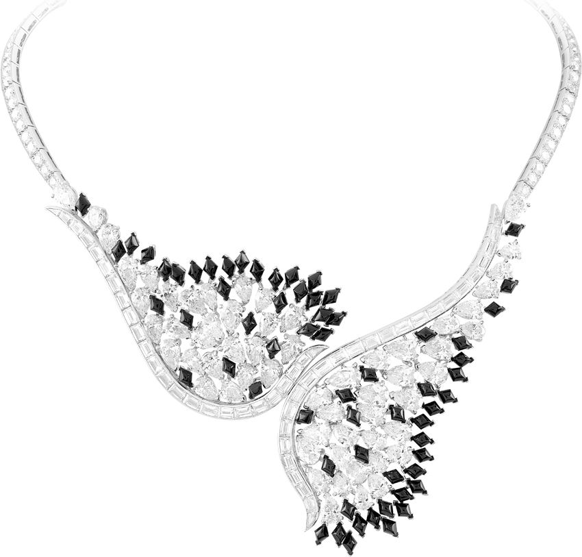 Van Cleef & Arpels Couleur Black and White necklace from the Bals de Legende collection with diamonds and onyx set in 18-karat white gold