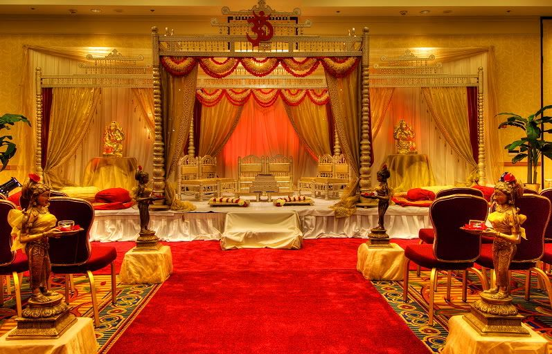 Indian Marriage Flower Decoration Wedding Stage