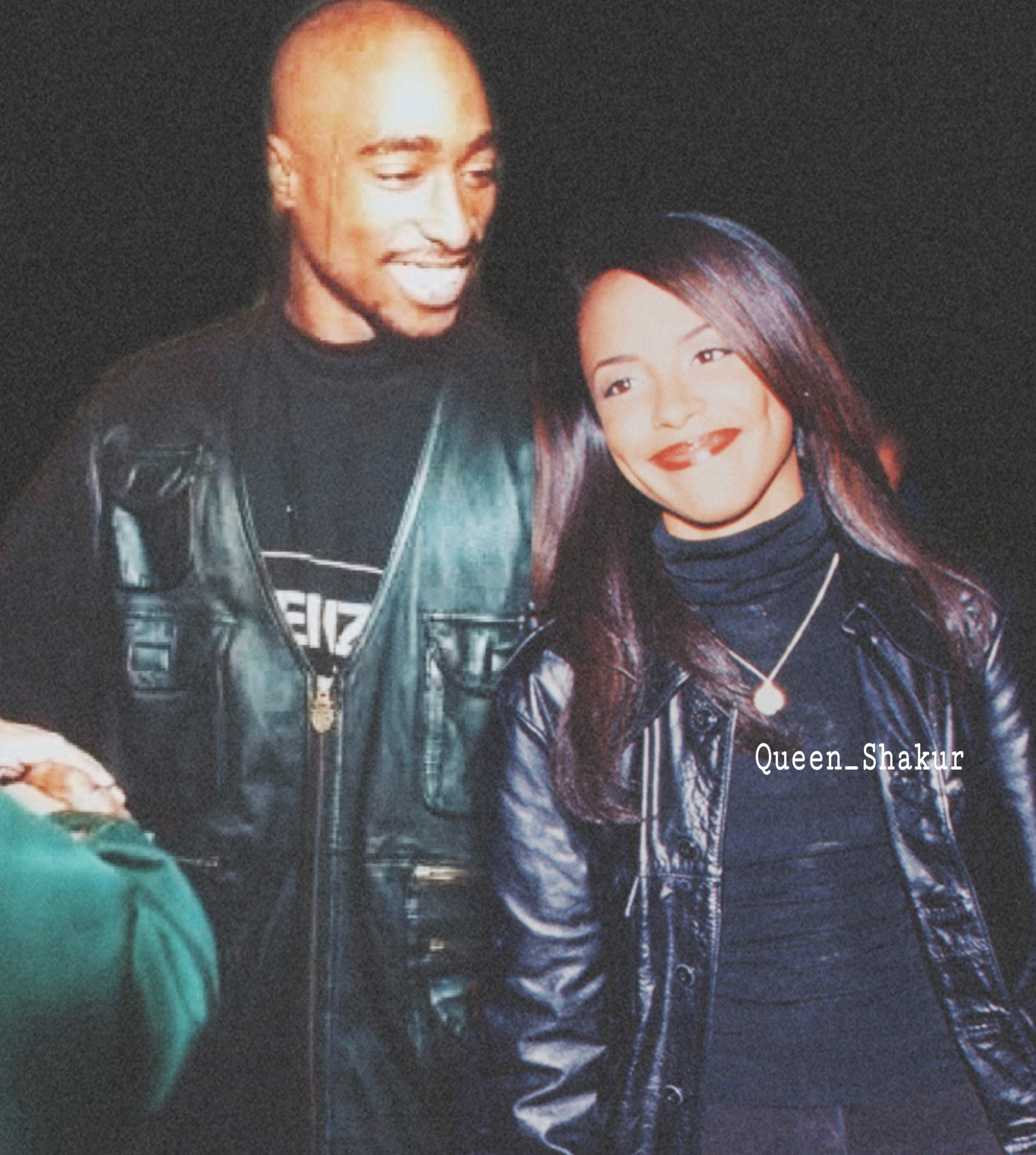 The Untold Love Story Of Aaliyah And Tupac Shakur Tupac Pictures Aaliyah Tupac