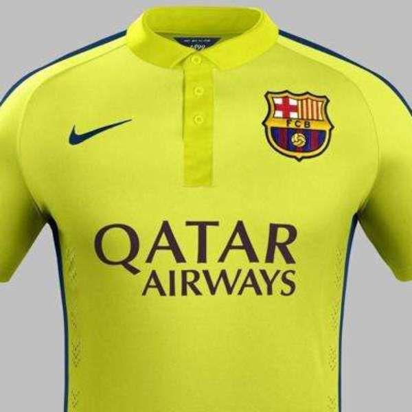 Los uniformes  camaleónicos  del Barcelona  acd4d6c322a