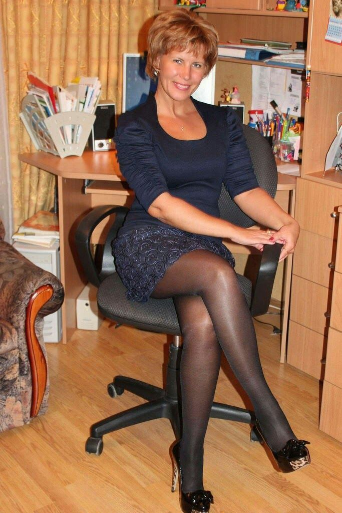May 31, A lot of Cougars & MILFs love to wear pantyhose and that's what I Lovely leggy mature Nylons, Pantyhose Legs, Stockings Legs, Stockings And.