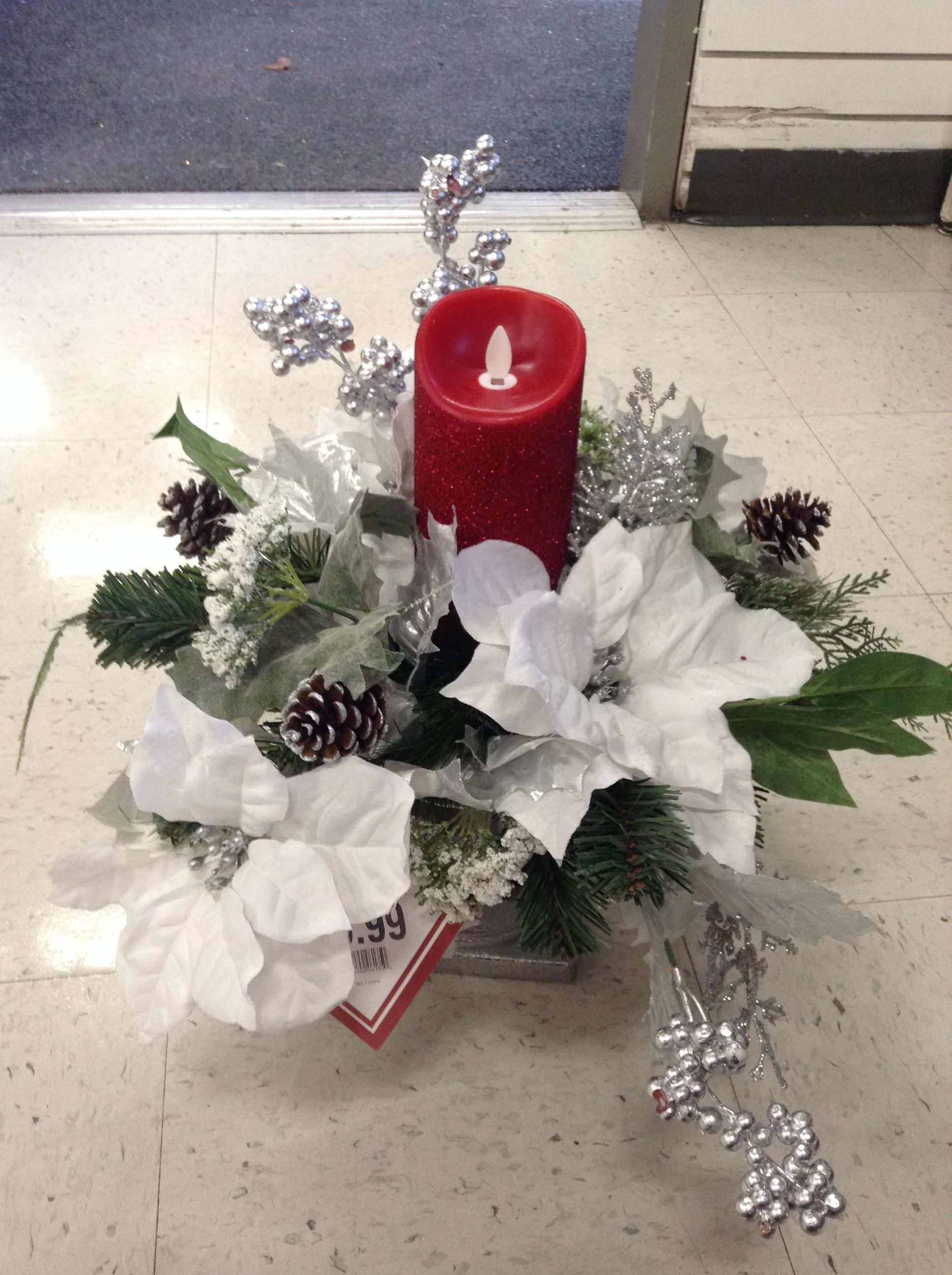 Christmas Arrangement Of White Poinsettias Christmas Centerpieces Christmas Arrangements Christmas Floral