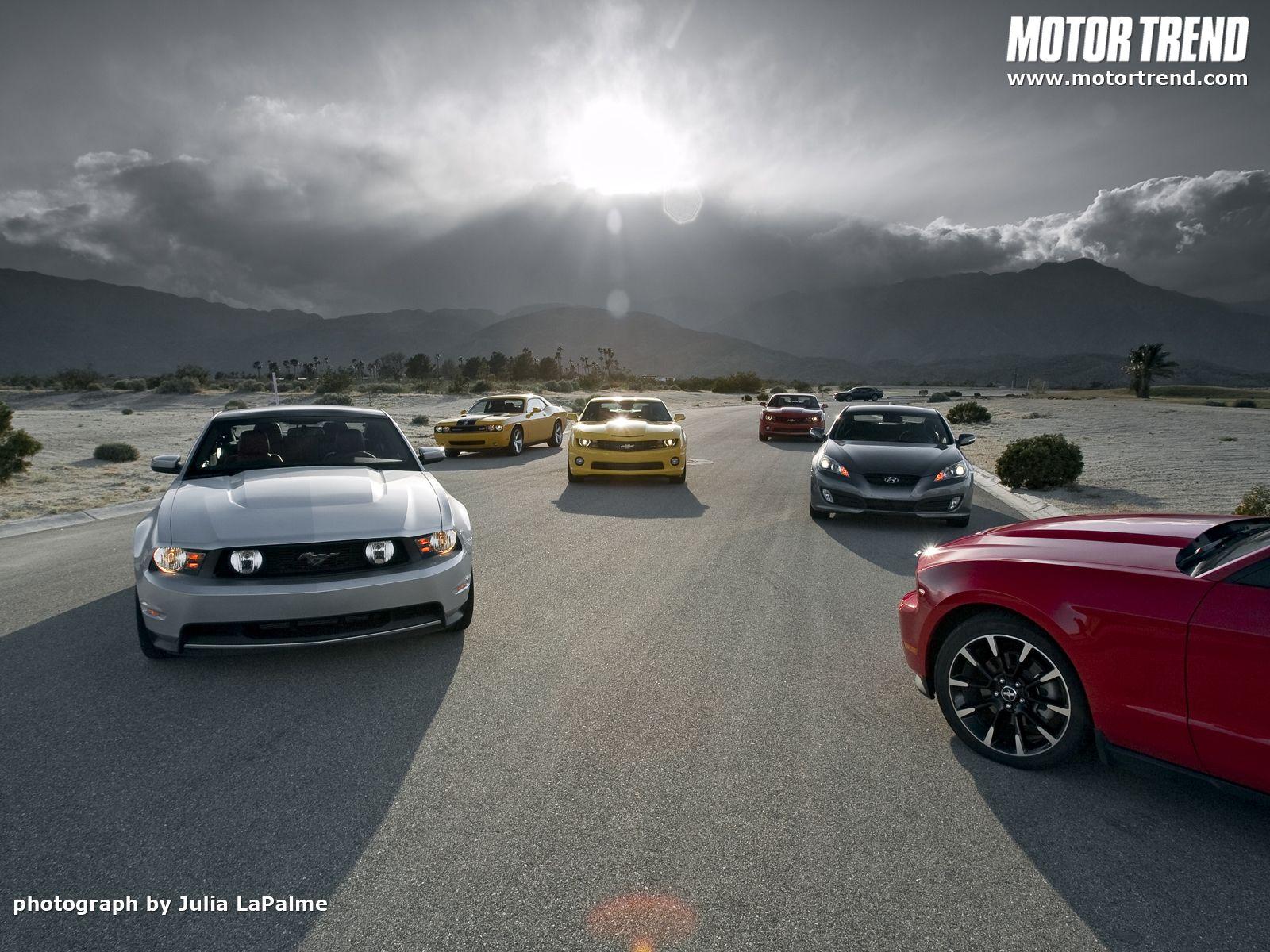 Chevrolet Camaro SS vs Dodge Challenger SRT vs | HD Wallpapers ...