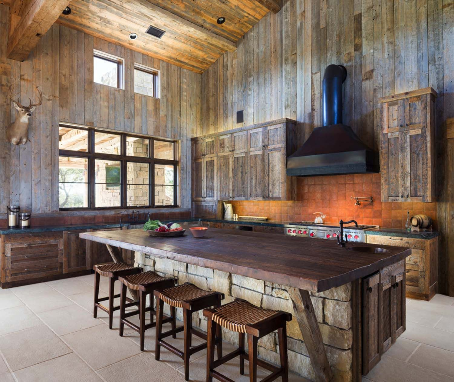 Western Kitchen Decor Backsplash Trends Modern Rustic Barn Style Retreat In Texas Hill Country