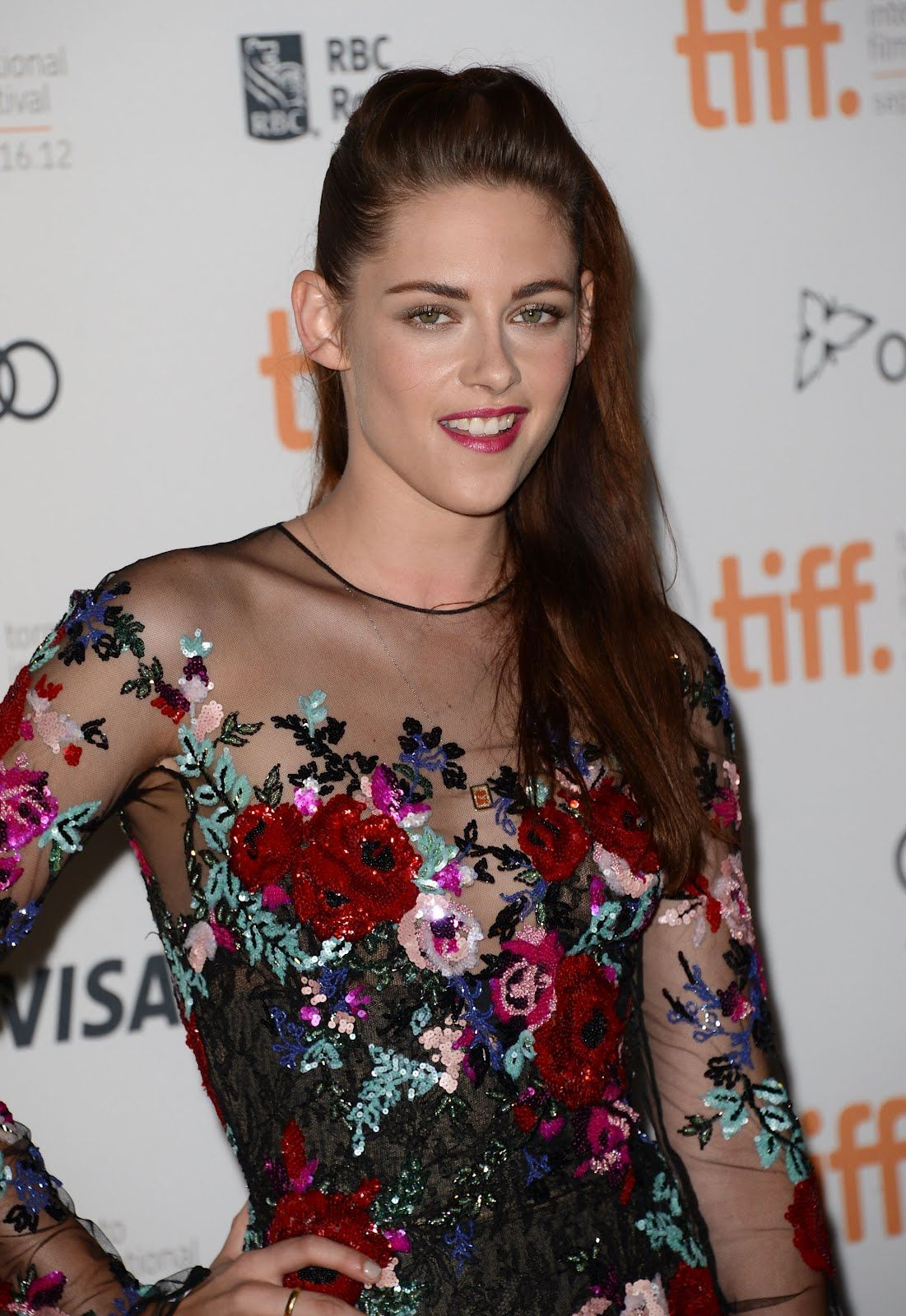 Robsten Dreams: Kristen at the premiere of On The Road at Toronto Film Festival