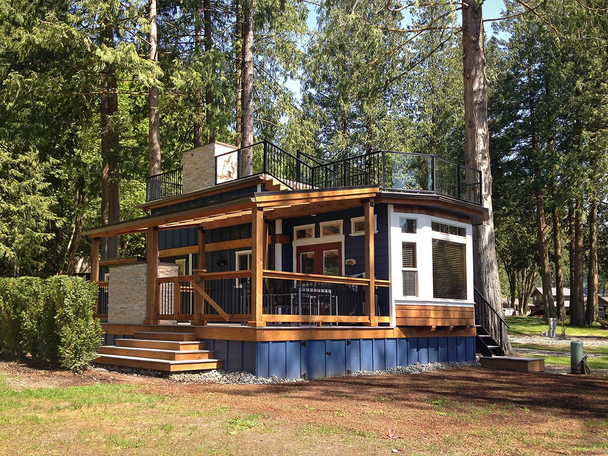 Best Great Looking Little Cottage With Deck Love The High Roof And Windows It S Pretty Close To 640 x 480