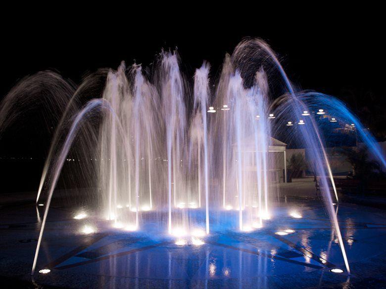 世界の美しい噴水画像 ちょっと変わったのもアリ Ailovei 噴水 水景 世界