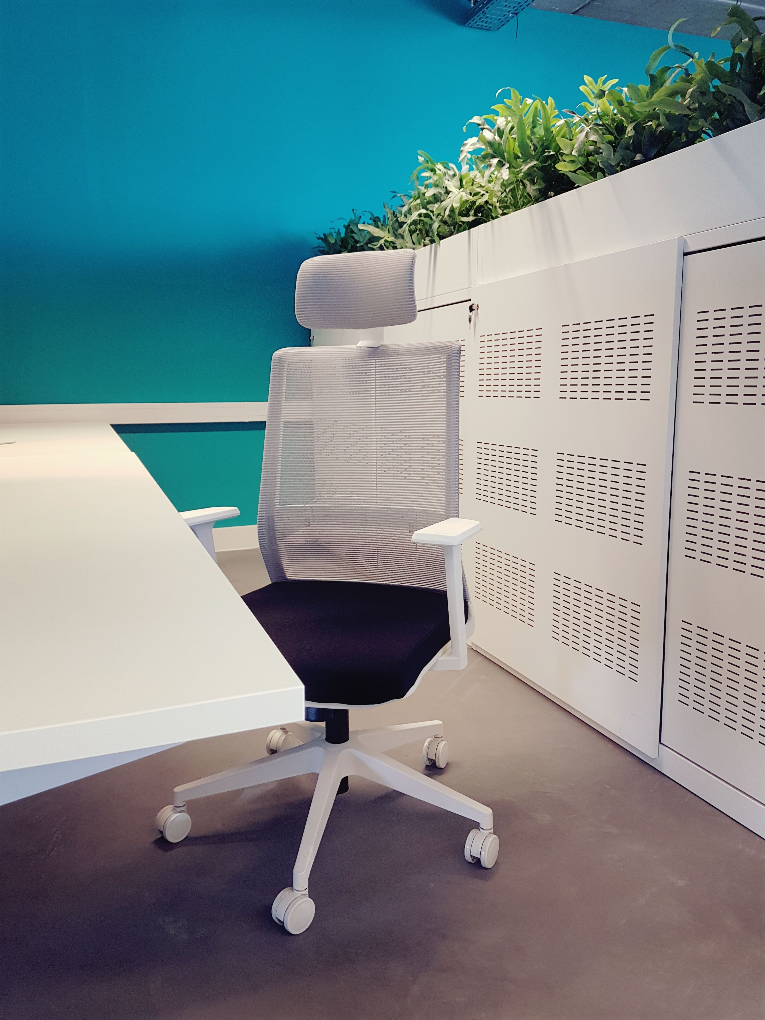 Bureaustoel Wit Design.Design Bureaustoel Toronto In Een Modern Kantoor Office