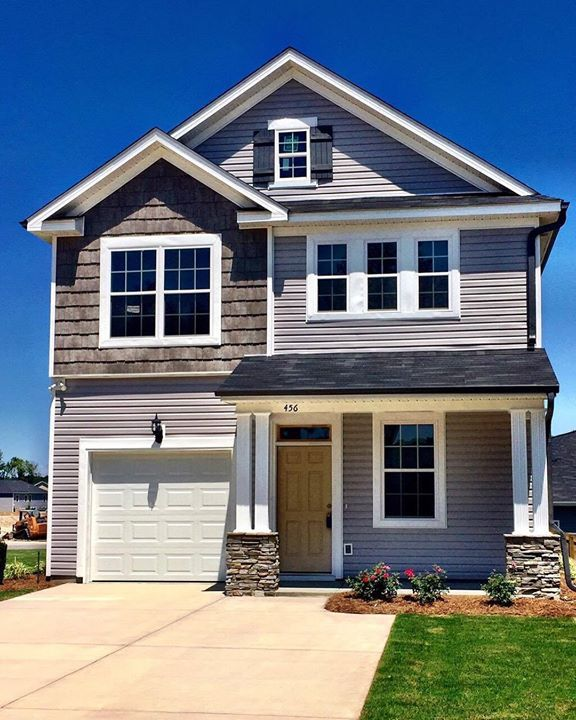 Brantley Cove Is Almost Sold Out Grab This 1580 Plan By Ivey Before It Is Gone Buyme Iveyhomes Tw2 Fb Ivey Ho Home Builders House Styles Building A House