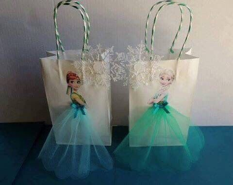 Amazing Ideas To Decorate Paper Bags For Return Gifts