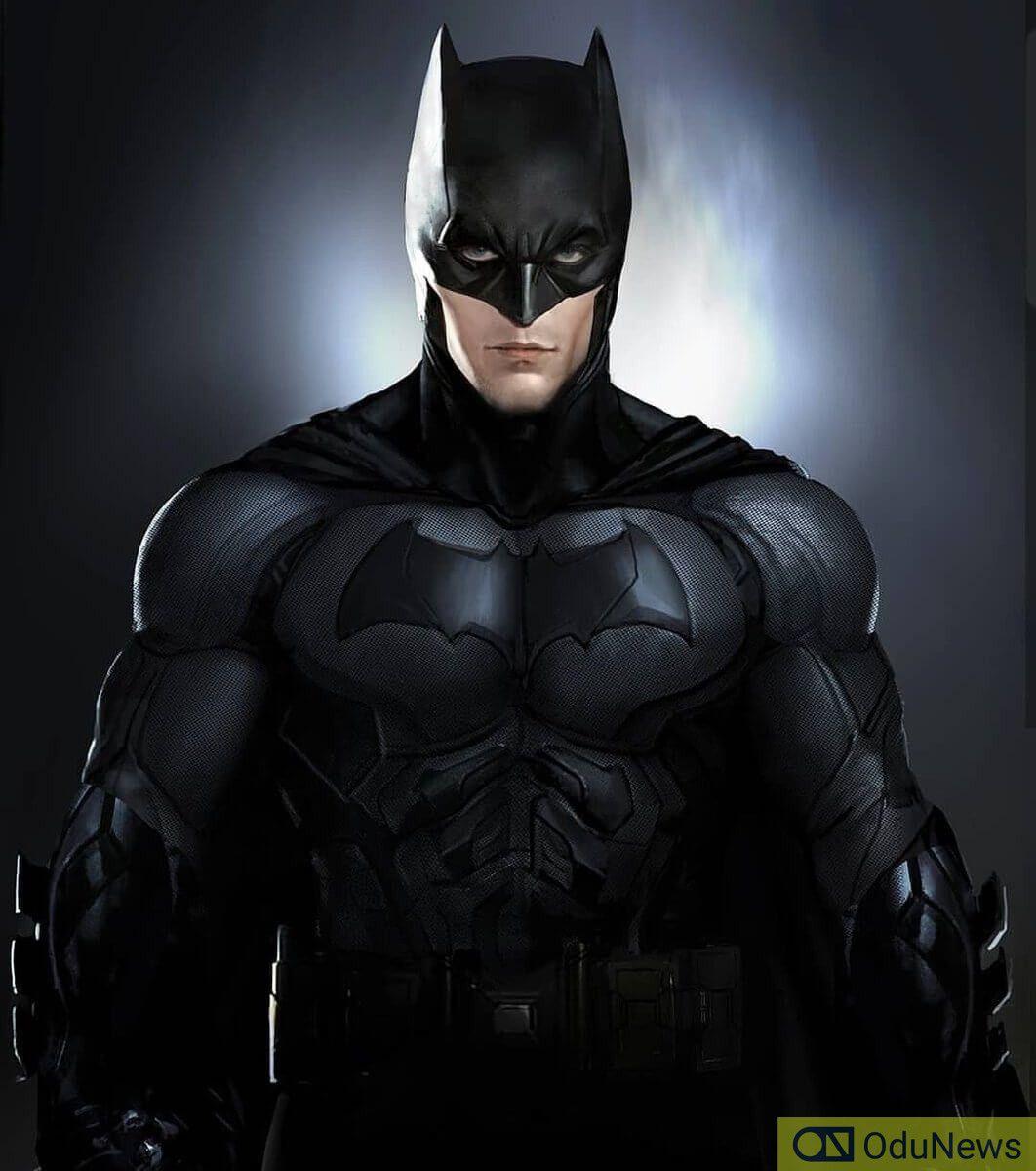 'The Batman' Set Photos Reveal Robert Pattinson's Full