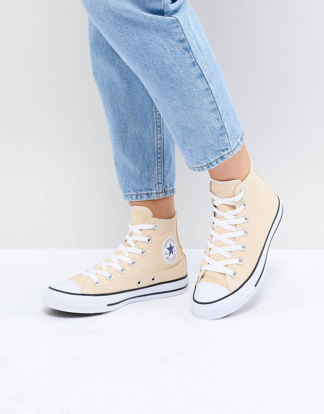 Converse Chuck Taylor All Star Hi Trainers In Yellow in 2019