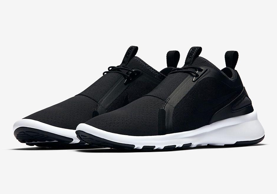 Nike Current Slip On Black 874160-002