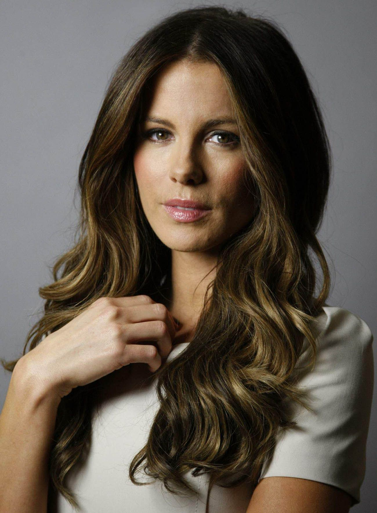 Kate Beckinsale (born 1973)