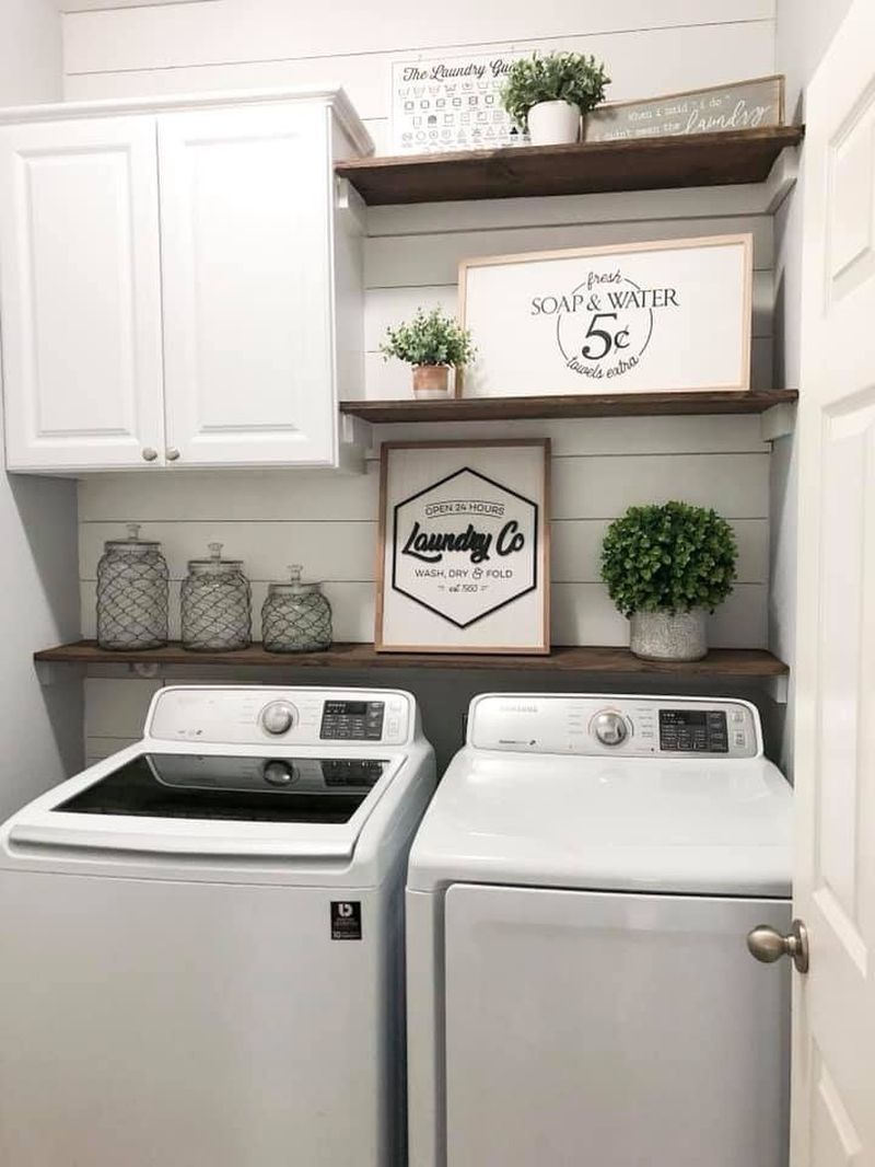 40 Best Laundry Room Organization Ideas With Farmhouse Style #laundryrooms