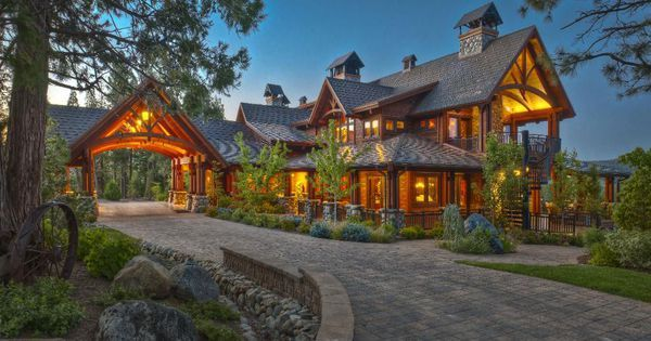 The Luxury Home Auction Market Is On Fire, But Not For The Reasons You Might Think