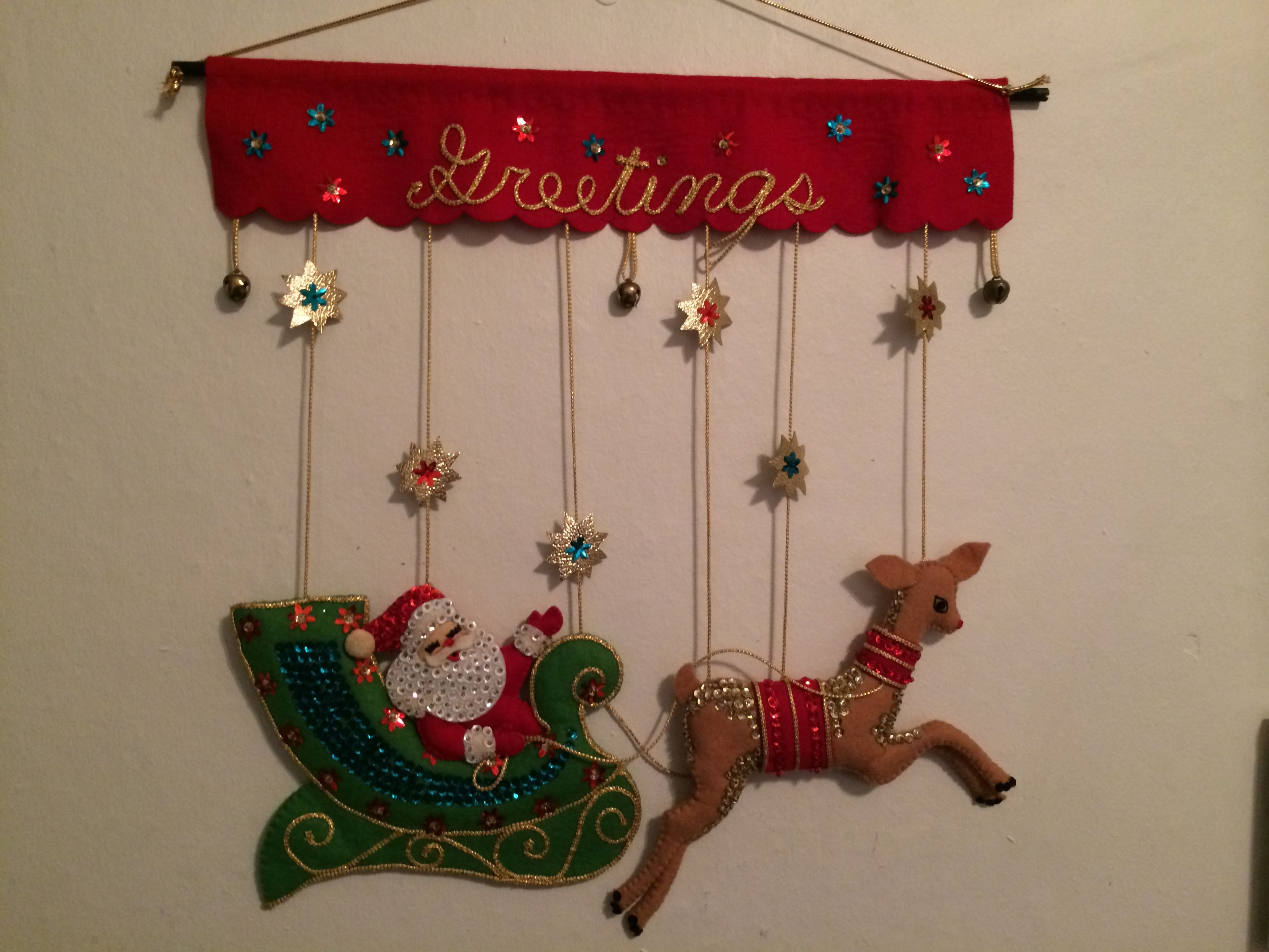 Vintage Christmas Wall Hanging Bucilla Felt Sequins Bling Jeweled