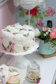 Las delicias del buen vivir: Usando moldes para decorar un pastel