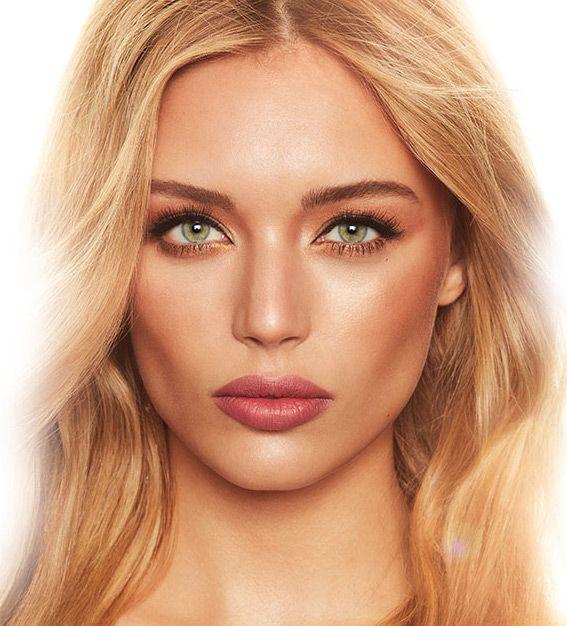 Charlotte Tilbury Makeup Review - Aqua Rosa