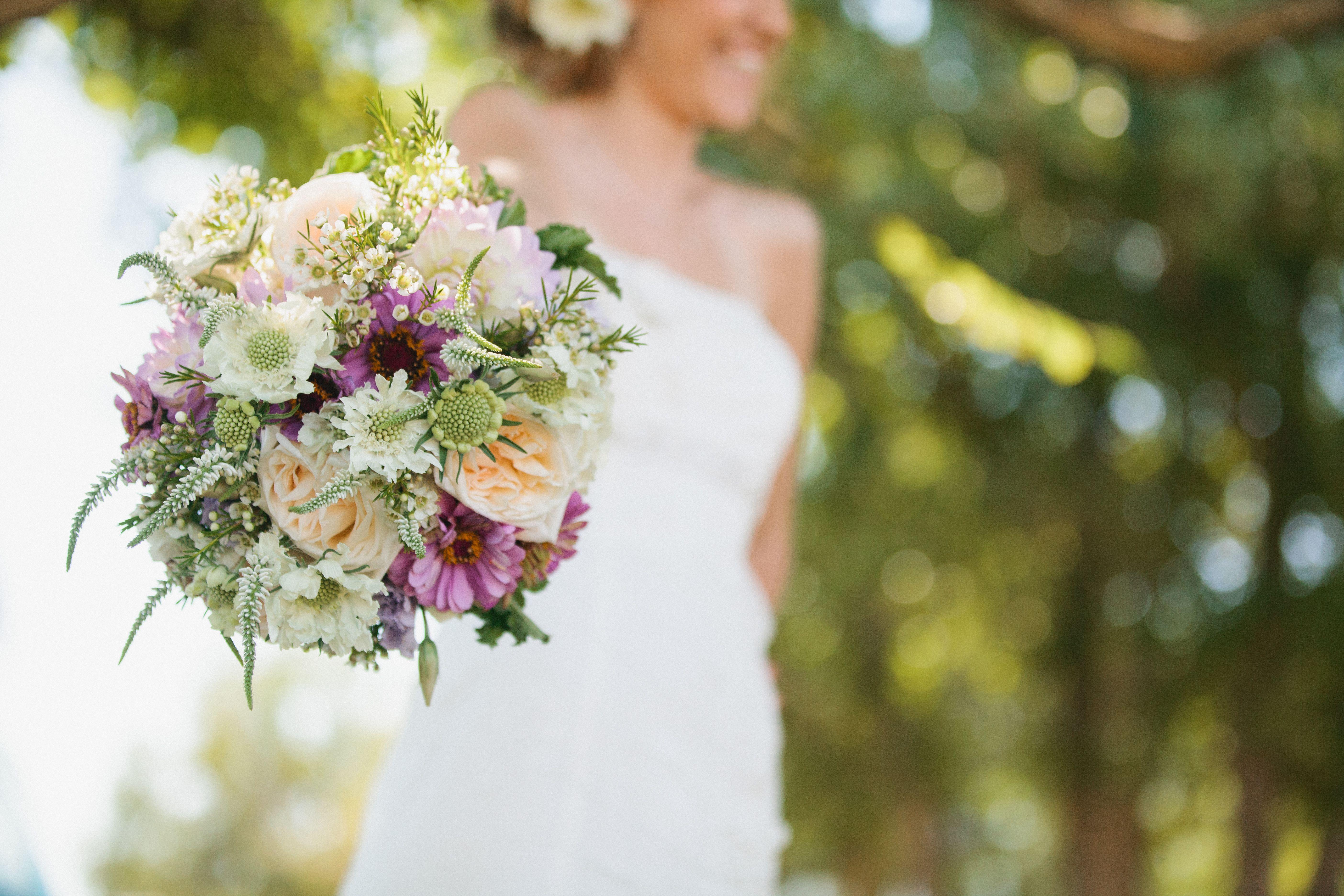 Pretty Bouquet~Enchanting Blooms