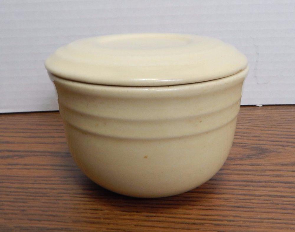 RARE VTG 1930's to 1950's Cream Colored Oxford Stoneware 3-Cup Covered Dish