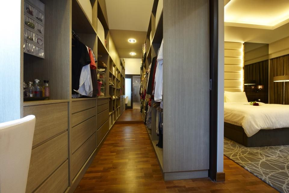Ecvisiondesigncontemporarymirrorsmasterbedroomwalkin Brilliant Bedroom Walk In Closet Designs Design Decoration