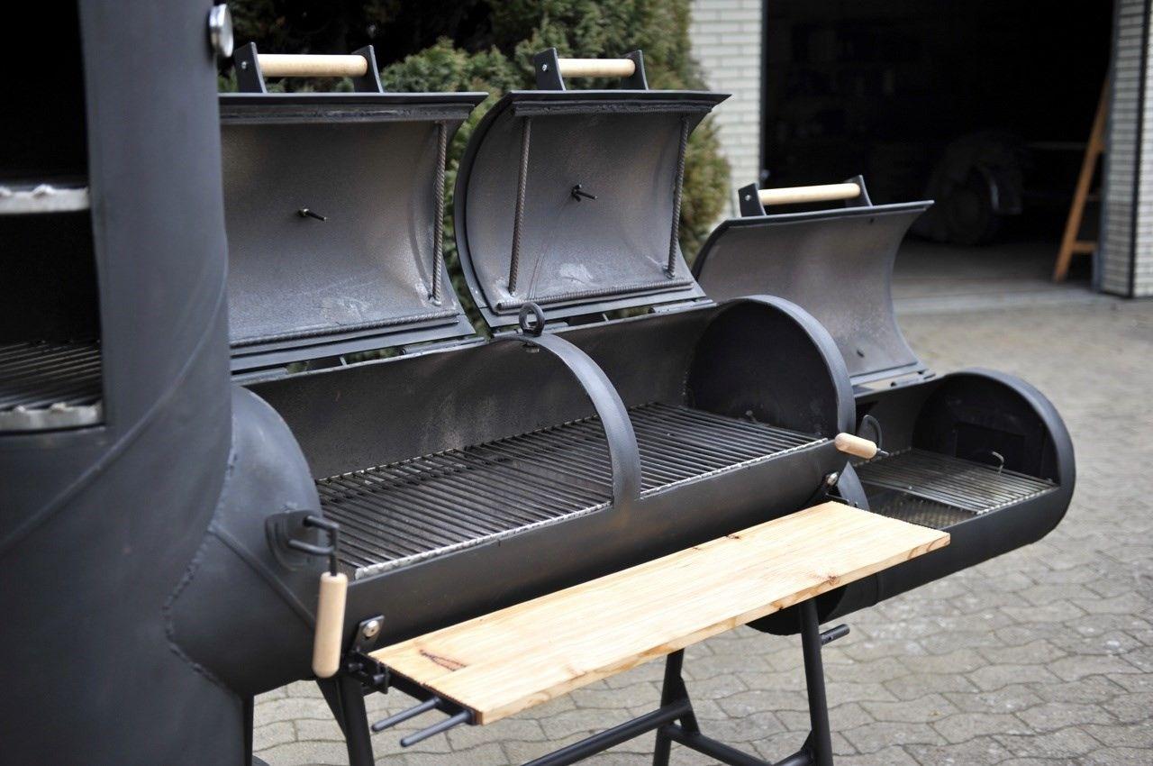 barbecue smoker marke eigenbau barbecue bauen bbq eigenbau feuer lok patina smoker. Black Bedroom Furniture Sets. Home Design Ideas