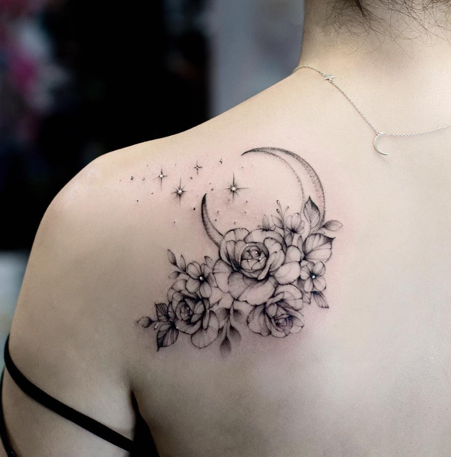 26 Awesome Floral Shoulder Tattoo Design Ideen Fur Frauen Blumen Tattoo Design Schulter Tattoo Ide In 2020 Schulter Tattoo Blumen Schulter Tattoos Tattoo Designs