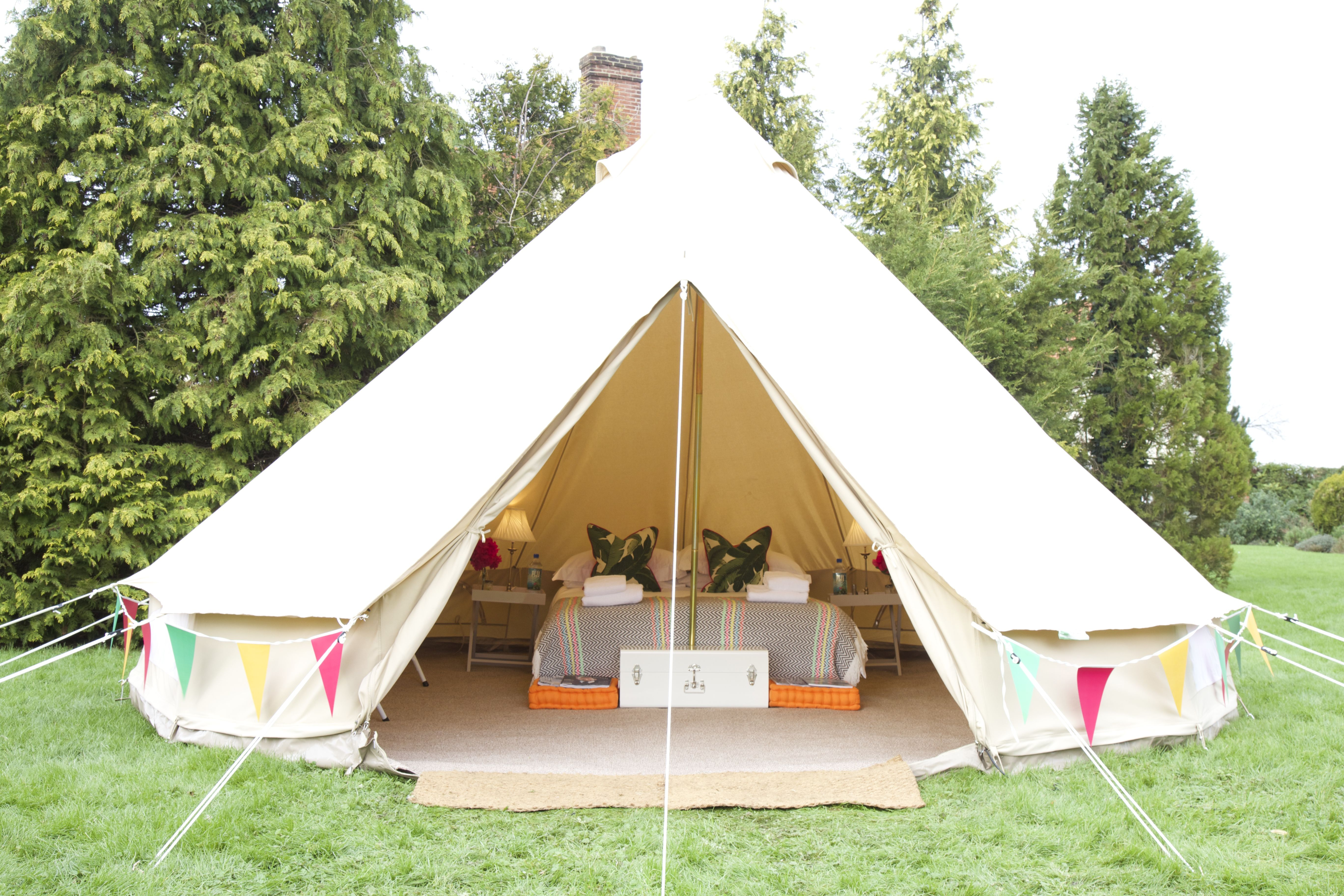 Portobello Tents is a UK-based tent hire company. We supply luxury canvas tents for weddings festivals and events for the ultimate gl&ing experience. & Gold luxury 5 meter Bell Tent complete with memory foam mattress ...