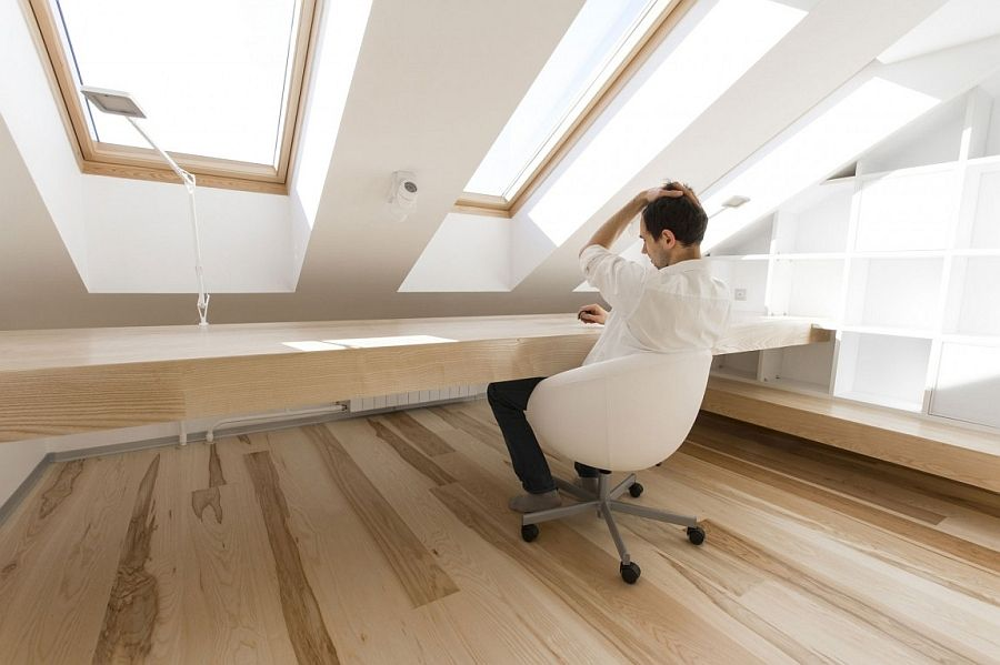 Minimal and efficient design of the cool home office in the attic