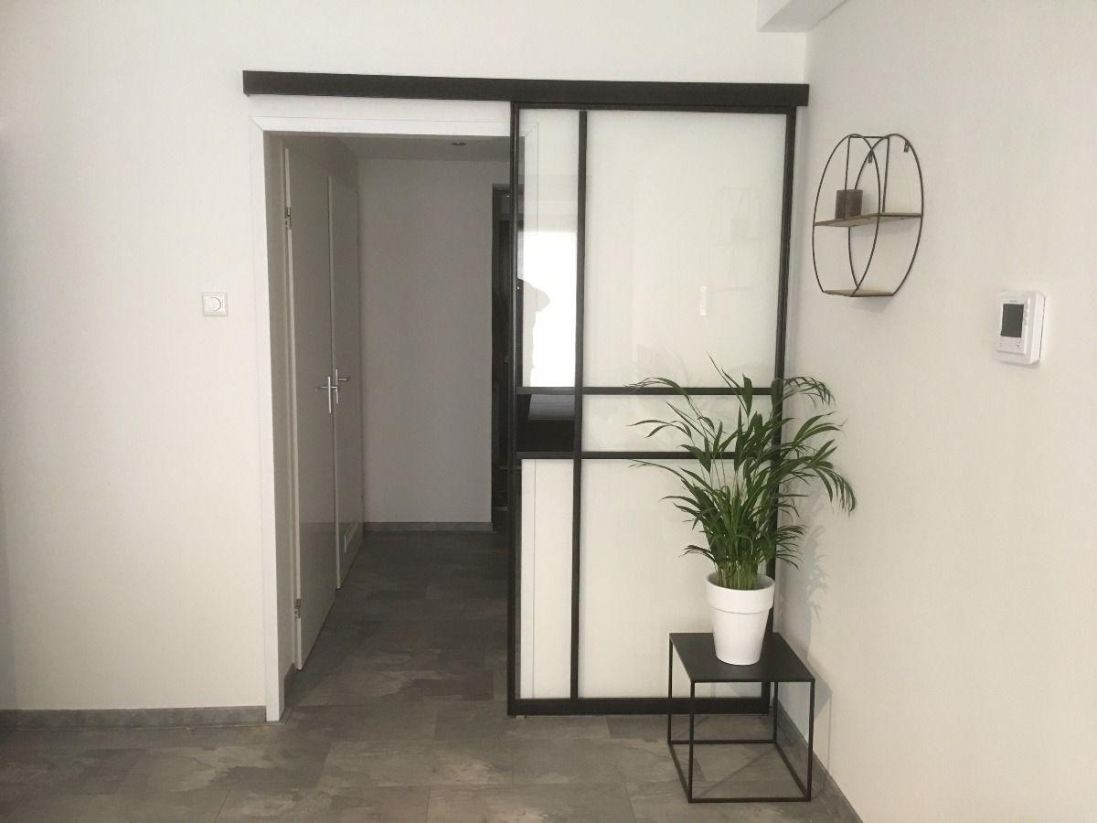 Kast Woonkamer Zwart : Stalen schuifdeuren zwart aluminium deur kasten op maat