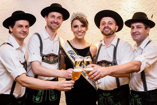 Quem vai ficar por aqui no feriado, não pode ficar fora dessa! Veja a programação completa da 1ª Oktoberfest Curitiba!