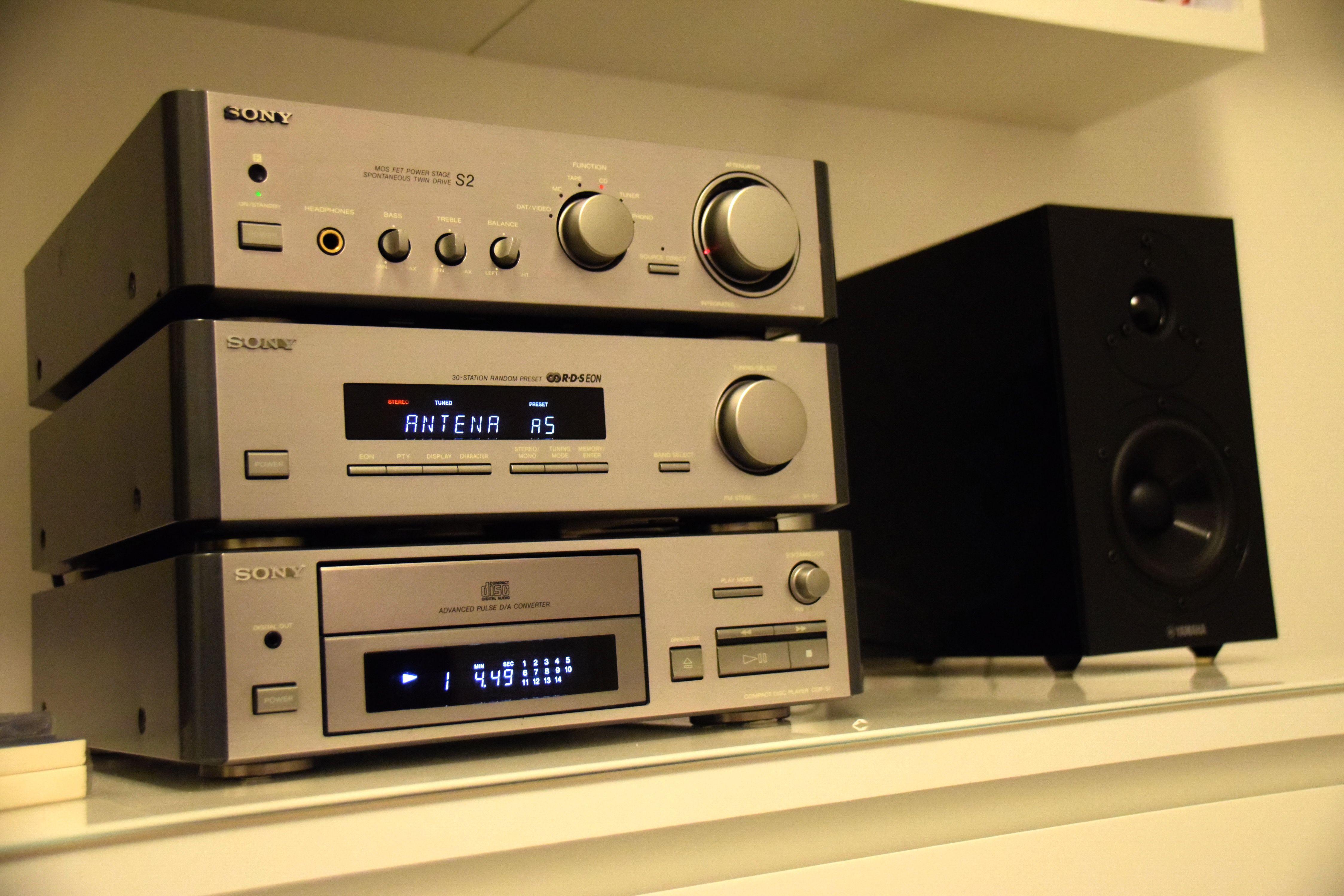 Sony La Scala 17 with Yamaha NS BP 1700; bedroom setup  Bedroom