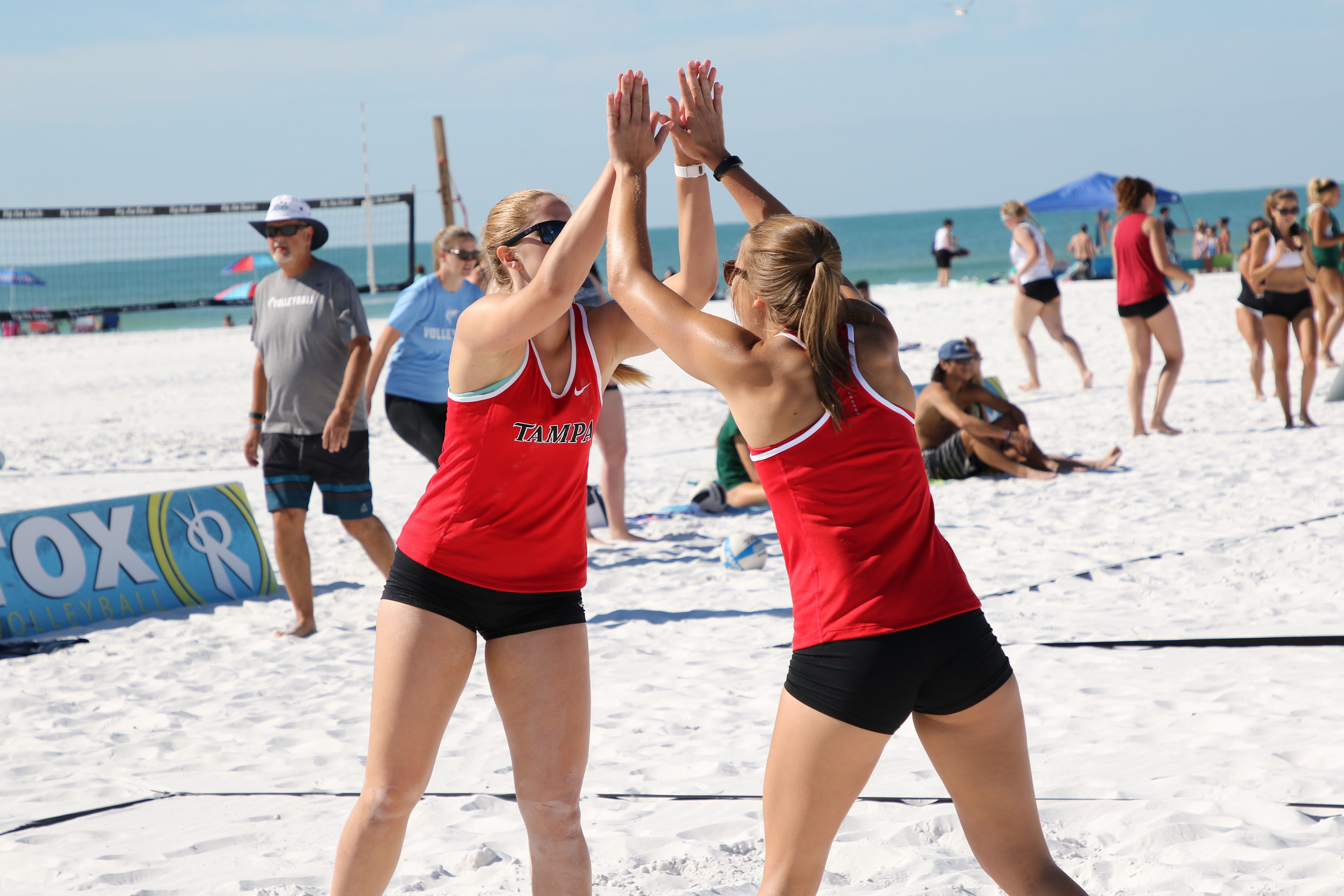 University Of Tampa Division I Beach Volleyball University Of Tampa Beach Volleyball Volleyball