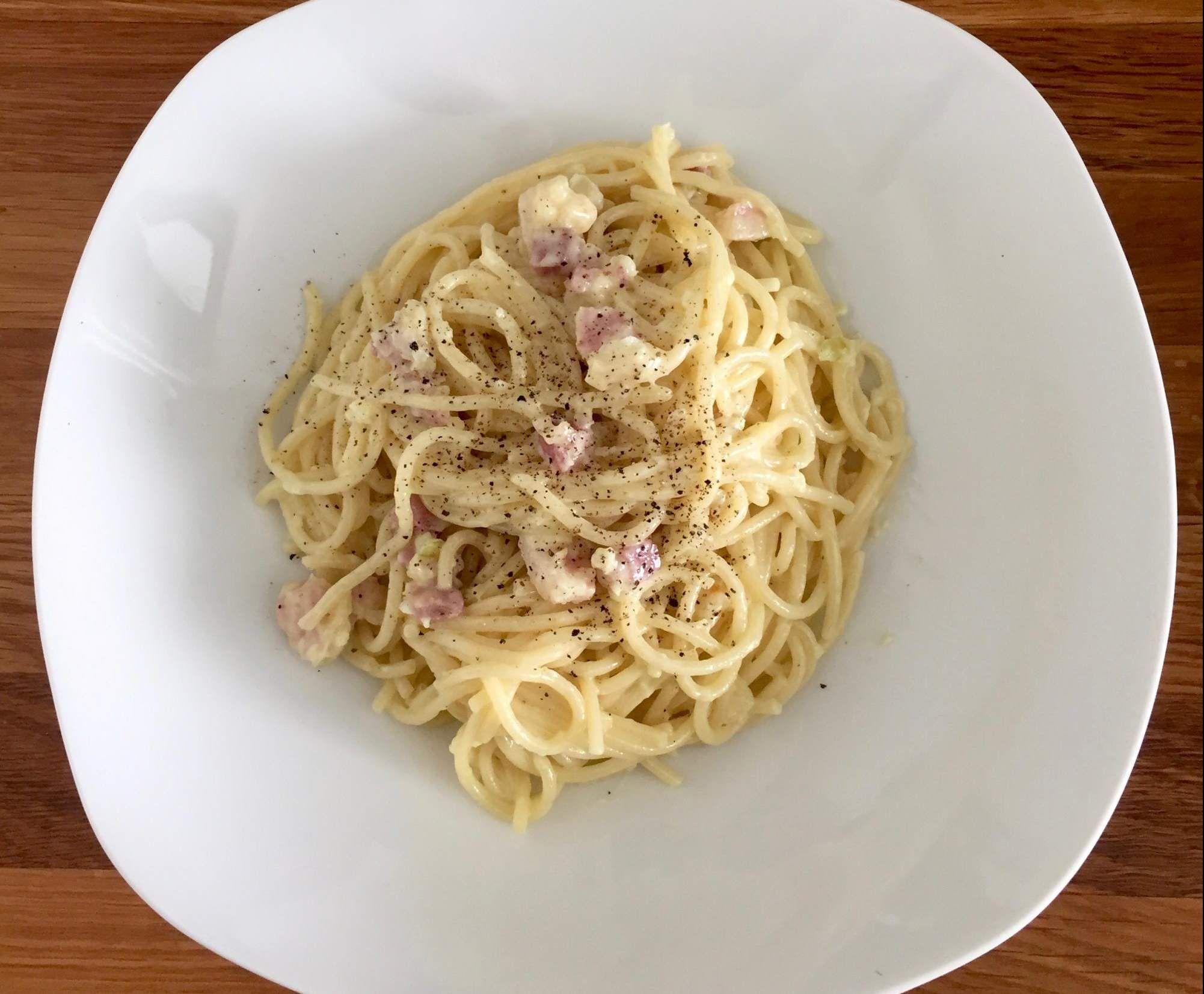 die besten 25 spaghetti carbonara ohne ei ideen auf pinterest gr ne spaghetti gr ner speck. Black Bedroom Furniture Sets. Home Design Ideas