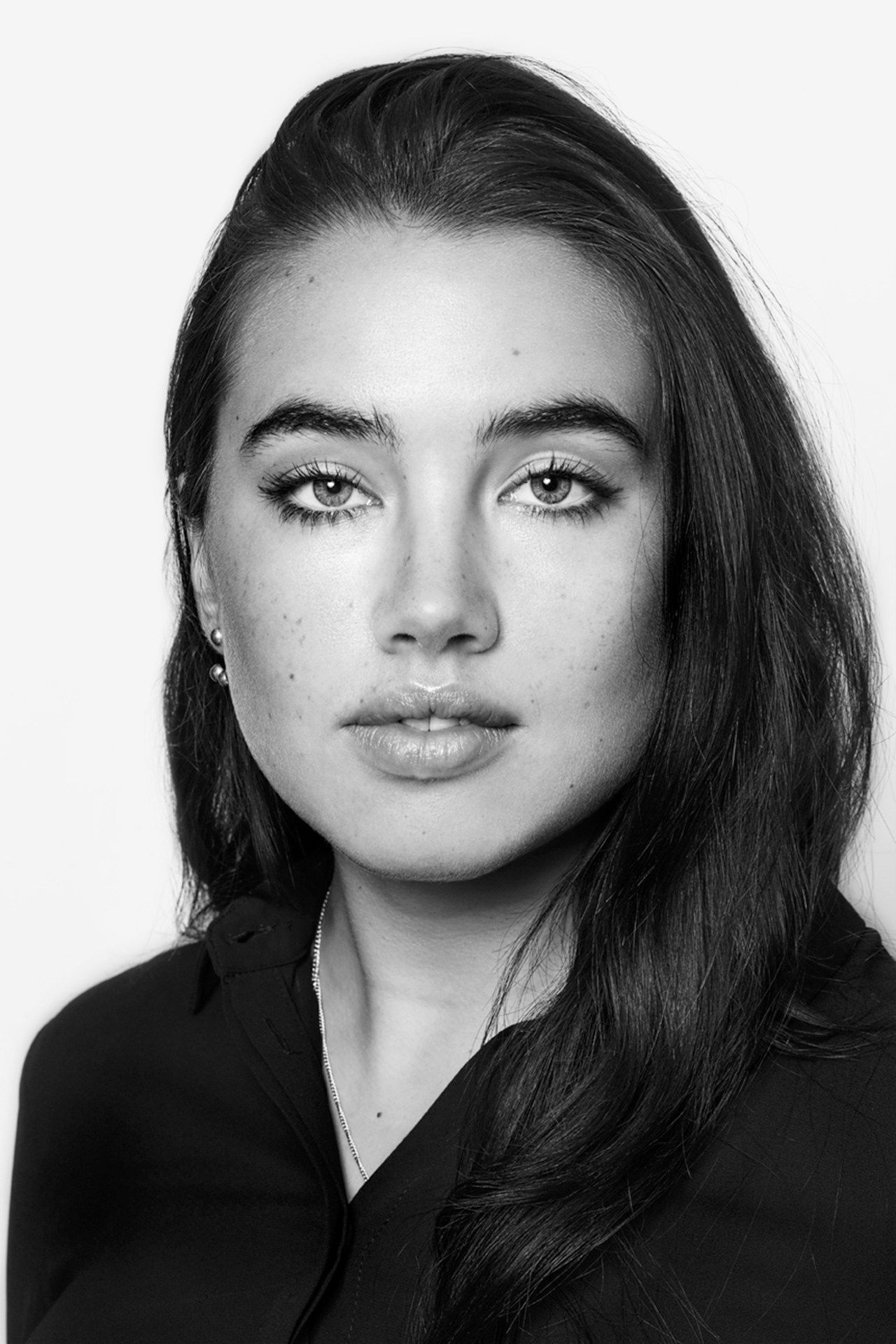 Who Is Isamaya Ffrench? Uk makeup, Model face, Ysl beaute