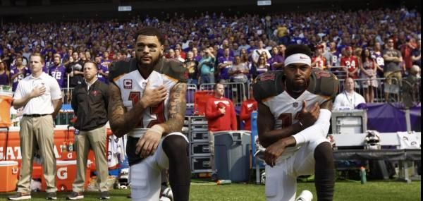 Tampa Bay Buccaneers Receivers Mike Evans And Desean Jackson Kneeled With Hands On Their Heart For The National A Tampa Bay Buccaneers Tampa Bay Desean Jackson