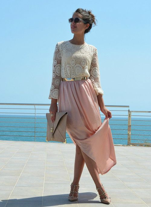 eafda9efa2d A flowy high slit maxi skirt in pretty blushing pink  pasteltrend ...