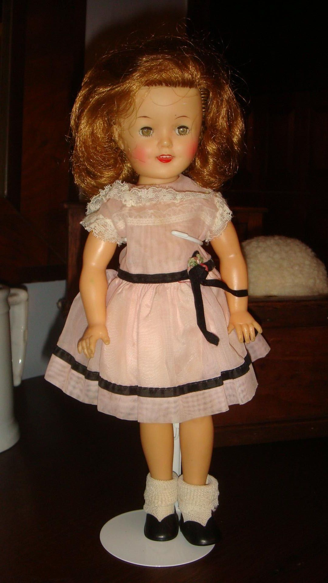 Ideal Vinyl 1950 S 12 Inch Shirley Temple Doll Rosy Cheeks Dimples Sleep Eyes Ky Estate Shirley Temple Dolls Dimples