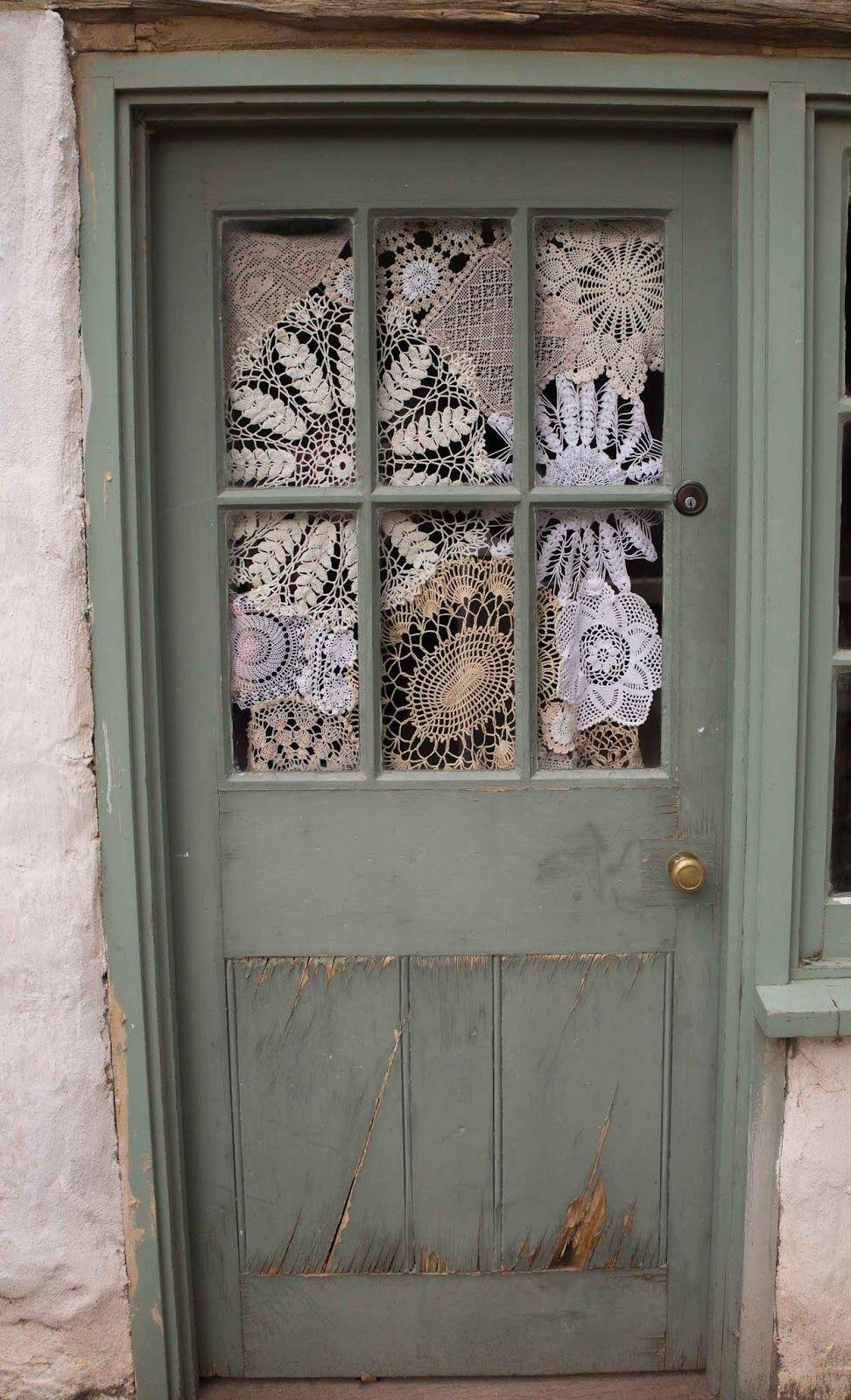 La cortina hecha a mano casita pinterest hilos y for Visillos para banos