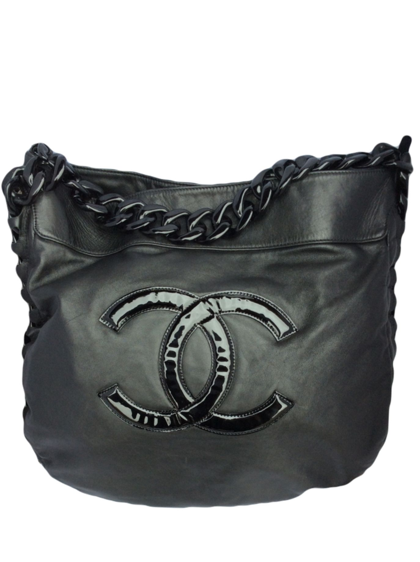 eff292eceafd Chanel jumbo black hobo bag with plastic chain handle – Timpanys Dress  Agency