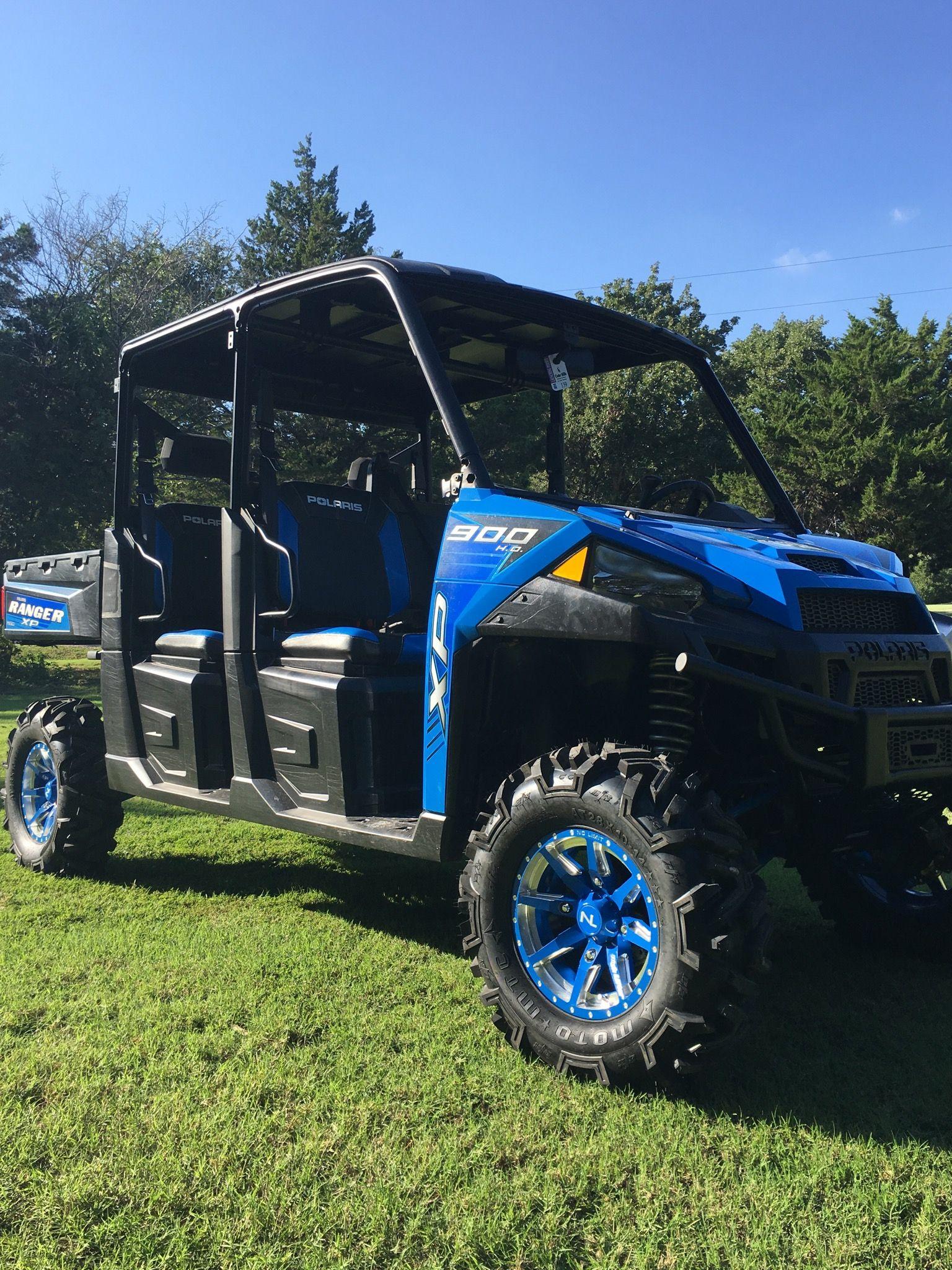 "Ranger Crew 900. 4"" Highlifter lift, No Limit wheels, 28x10x14 Moto MTC  tires."