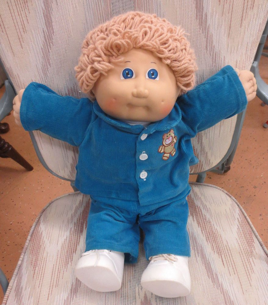 Vintage 1982 Cabbage Patch Kids Blonde Curly Hair Blue Eye Dimples Boy Doll  #CabbagePatchKids #Do… | Cabbage patch kids, Boys with curly hair, Baby  girl diaper bags