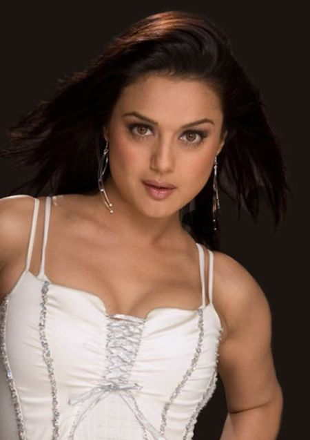 pretty zinta in naked